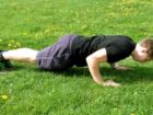 Vojenské (tricepsové) kliky