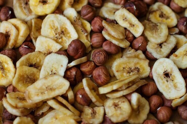 Banány ořechy